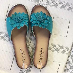 Shoes - Blueish green flower sandals